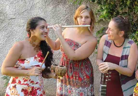 Carla, Amanda e Milena